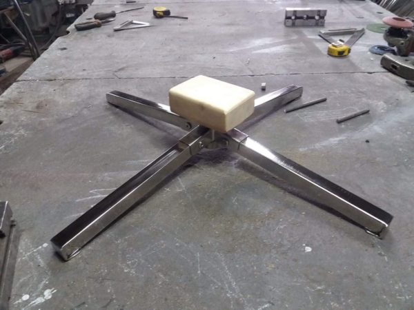 Contortion portable base with block